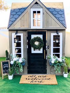 See how we took a boring playhouse and turned it into a Fixer Upper inspired play dream. Inside Playhouse, Shed Playhouse, Plastic Playhouse, Playhouse Interior, Girls Playhouse, Backyard Playhouse, Playhouse Ideas, Playhouse Decor, Backyard Toys