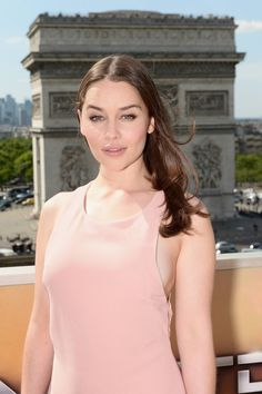 June 19: Terminator Genisys Paris Photocall - tgfrancephotocall 0013 - Adoring Emilia Clarke - The Photo Gallery