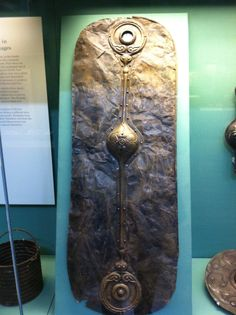 Witham Iron Age (Celtic) Shield, found in Witham River, Britain, circa BCE, British Museum Celtic Sword, Celtic Shield, Viking Designs, Celtic Designs, Roman Shield, Celtic Culture, Celtic Heart, Mystery Of History, Iron Age