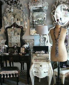 hardpetals: inspiration images for my bedroom theme - shabby chic.