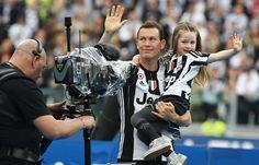 Nach 5:0-Gala gegen Sampdoria: Familie Lichtsteiner feiert 5. Meisterparty mit Juve in Folge | Blick
