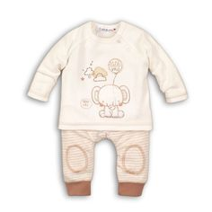 This set has a long sleeved raglan top with adorable elephant motif and popper button to shoulder opening. The striped pants have an elasticated waistband for comfort, bound cuffs and knee patches. Perfect For Your newborn this season. Hipster Baby Clothes, Tops For Leggings, Girls Leggings, Baby Suit, Baby Boy Or Girl, Kids Fashion Boy, Baby Socks, Unisex Baby, Boys T Shirts