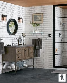Inspired by industrial pipe fittings, our Tolson suite is sturdy, yet chic. Awash with nautical influences, Tolson's solid brass construction and rugged profile soundly anchor any bath in industrial-strength style.