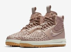 Release Date: Nike WMNS Lunar Force 1 Duckboot Particle Pink