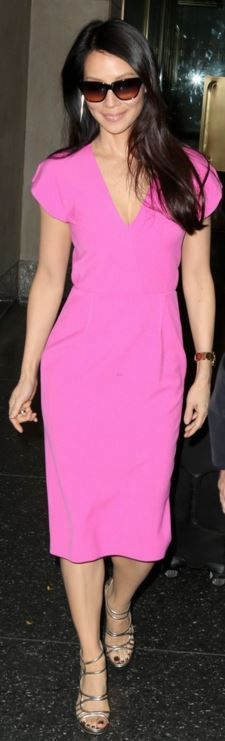 Who made  Lucy Liu's pink short sleeve dress?