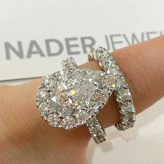 Stunning sparkling diamond #princessdiamondengagementrings