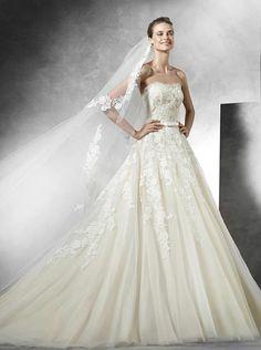 Pronovias-vestido de novia-10-02292016nz