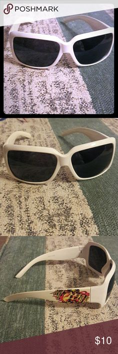 Ed Hardy Style White Sunglasses White, Round Framed Sunglasses with Ed Hardy Style designs on the sides. Accessories Glasses