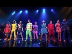 "Violetta: Show final: Violetta y elenco cantan ""Ser Mejor"" Violetta Disney, Violetta Live, Series Movies, Tv Series, Childhood Tv Shows, Youtube, Greatest Songs, You Videos, Disney Channel"