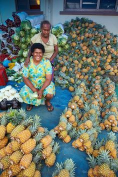 Pineapple stall at Suva Municipal Market, Suva, Viti Levu, Fiji. | Fiji Islands Culture + Travel Tips