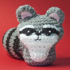Raccoon, so cute I can barely stand it! amigurumi #crochet #pattern #amigiurumi