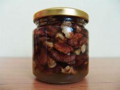 Грецкие орехи с медом - супер средство, рекомендованное врачами