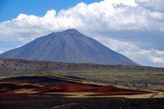 Payen o Payun, campos de lava y volcanes en Malargüe y Bardas Blancas, Mendoza. Ruta 40
