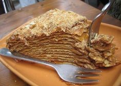 Dulce de leche spread between layers and layers of flaky pastry. I might cheat and use frozen phyllo dough, or alternate the dulce de leche with a few layers of pastry cream. To die for! Chilean Desserts, Chilean Recipes, Chilean Food, Sweet Recipes, Cake Recipes, Dessert Recipes, Torta Chilena Recipe, Milhojas Cake, Celiac Recipes