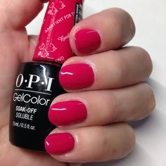 Make way for this romantic raspberry-hued mani that Preen.Me VIP Misty M created using her gifted OPI #MyBreakfastAtTiffanys GelColor in Apartment for Two. Check out this salon-only shade by clicking through.