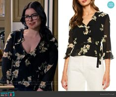 Alex's black floral ruffled top on Modern Family Modern Family Alex, Modern Family Episodes, Fashion Tv, Fashion Outfits, Family Tv, Other Outfits, Editorial, Dark, Blouse