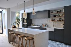 How we love our kitchen! Arguably the most important room in the house, kitchens offer design opportunities far beyond their functionality. Modern Grey Kitchen, Small Modern Kitchens, Grey Kitchen Designs, Modern Kitchen Design, Interior Design Kitchen, Estilo Industrial Chic, Grey Kitchen Inspiration, Open Plan Kitchen Dining Living, Kitchen Trends