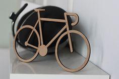 Appassionati di #bici e non solo, oggetti per decorare la casa con gusto e personalizzazione su homegram.it :)