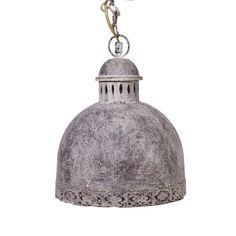 Металлическая люстра стилизованная под старину