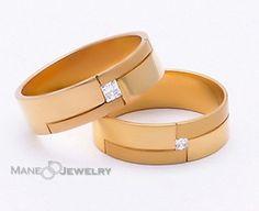 Koleksi model cincin mewah terbaru kami....cek ya kak  Bahan bisa di custom (emas perak dan palladium). Free ukir nama free ongkir se-indonesia dan exclusive ringbox  Pemesanan via WA 0856-4710-9585 atau 0856-4710-9586  PIN BBM 7B78962D atau 5EF00BA2  #cincin #cincinkawin #cincincustom #cincincouple #couple #weddingring #menikah #bahagia #emas #perhiasan #cincinjakarta #surabaya  #bandung #malang #medan #jogjakarta #cincinjogja #cincinbandung #cincinsamarinda #batumulia #kecubung #zamrud…
