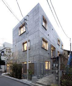"""Yotsuya Tenera"" apartment blocks in Tokyo, by Key Operation      http://static.dezeen.com/uploads/2012/07/Dezeen_Yotsuya-Tenera-by-Key-Operation_3B.jpg"