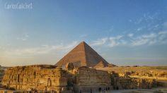 Gato jugando con caja #Cat #playing #with #box      #games #greatsphinxofgiza #pyramids #egypt #great #beautiful #sky #old #stone #rock #colors #travelling #travel #travelphotography #mytravelgram