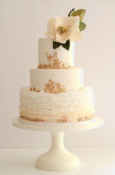 gold-magnolia Maggie-Austin-Cakes