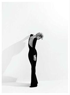 Minimalist Monochromatic Covers - Harper's Bazaar Turkey 'Modern Hareket' Stars Milou van Groe (GALLERY)