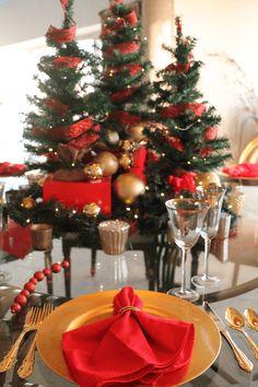 Holiday Dinner Celeb