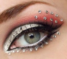 Gorgeous wedding bridal makeup with rhinestone crystal stickers #wedding #makeup