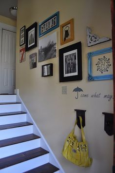 DIY Gallery Wall for Staircases. Stair Walls, Stairs, Stairway Gallery Wall, Gallery Walls, Decorating Stairway Walls, Inspiration Wall, Diy Wall Art, Picture Wall, Sweet Home