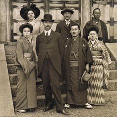 This photo of Charles Lang Freer in #Japan, at the Yokohama villa of his friend Hara Tomitaro, likely was taken around 1910 or 1911. Today, his museum's #Japanese galleries are filled with striking works by #Rinpa artists—successors of Sōtatsu. See them before the #Freer closes on January 4, and remember to stop by the #Sackler (which remains open) to see the landmark #Sotatsu exhibition through January 31. #tbt asia.si.edu/future