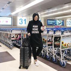 Dpz for girls Modest Fashion Hijab, Modern Hijab Fashion, Street Hijab Fashion, Hijab Style, Casual Hijab Outfit, Hijab Fashion Inspiration, Teen Fashion Outfits, Muslim Fashion, Casual Outfits