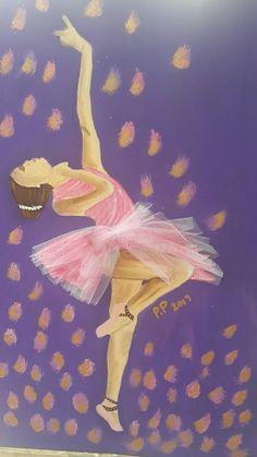 #yagliboyatablom#balerin#kolajçalışması#yaldiz