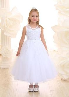 a44e60aef81 3 4 Sleeves Luxurious Brocade Jacquard Princess Communion Gown Pentele –  Sparkly Gowns First Communion