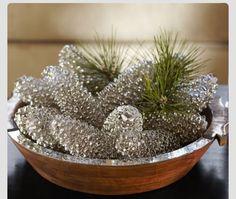 Winter center piece | spray paint pine cones