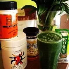 Green Smoothie Goodness - Sol Nutrition Blog #greensmoothie #recipe