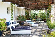 De la casa de Isabel López-Quesada (proyecto de jardín de Fernando Caruncho)