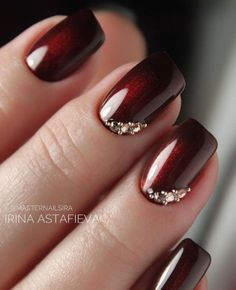 Nail designs Mani With Cat Eye Effect ❤ Fantastic Burgundy Nails For Super Stylish Ladies ❤ See Burgundy Nails, Red Nails, Hair And Nails, Jewel Nails, Burgundy Nail Designs, Fancy Nails, Cute Nails, Pretty Nails, Wedding Nails Design