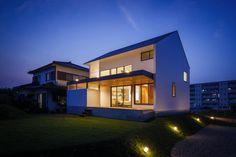 haus-turf : Skandinavische Häuser von 一級建築士事務所haus