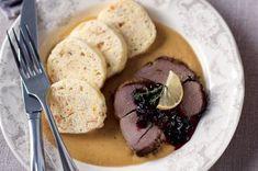 Lovecká sezona. 28 zvěřinových receptů Hummus, Mashed Potatoes, Steak, Pork, Menu, Ethnic Recipes, Game, Whipped Potatoes, Pork Roulade