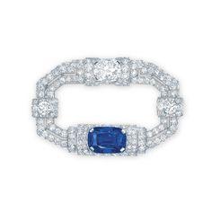 """Christie's dévoile ses """"Magnificent Jewels"""" à Hong Kong http://www.vogue.fr/joaillerie/news-joaillerie/diaporama/christie-s-magnificent-jewels-hong-kong-vente-encheres/10696/image/646878#christie-039-s-quot-magnificent-jewels-quot-hong-kong-vente-encheres-cartier"""