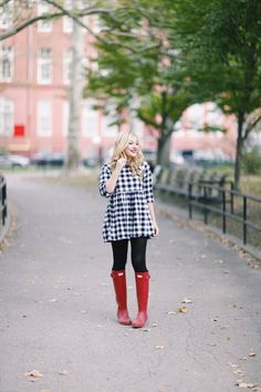 Red Hunter Boots #HunterBoots Big Red Rach Martino