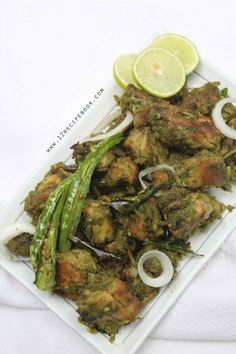 Green chilli chicken is a spicy and delicious chicken dry roast recipe. The chicken is cooked along a bunch of green goodness. Try this versatile chicken recipe and you will make it often. It is a perfect side dish for Indian flat bread. Green Chilli Chicken Recipe, Chicken Recipe Book, Indian Chicken Recipes, Fried Chicken Recipes, Indian Food Recipes, Chicken Recepies, Chipotle Chicken, Curry Recipes, Vegetarian Recipes