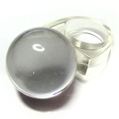 Vintage 80s Lucite Ring . Crystal Ball by BreesVintageRevivals