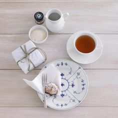 Ikea Included: Iconic Scandinavian Designs in the Red Thread - Remodelista Royal Copenhagen blue and white porcelain. Nordic Design, Scandinavian Design, Royal Copenhagen, Grand Prix, Danish Design, White Porcelain, Tea Cups, Ikea, Blue And White