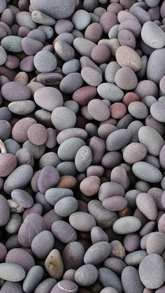 Pebbles / Find more Nature themed wallpapers for your #iPhone + #Android @prettywallpaper