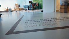 """In het van Gogh jaar pakt het Noordbrabants Museum in Den Bosch uit met de expo """"Design uit het land van de aardappeleters"""" Naar een ontwerp van Yksi Expo was Exposize verantwoordelijk voor de volledige aankleding, printproductie en montage in het Bosche museum"""