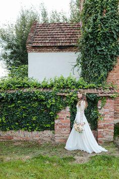 Nandor and Adrienn - Romantic Wedding in Oradea Romantic Couples, Romantic Weddings, Summer Wedding Colors, Greece Wedding, Bridal Portraits, Beautiful Bride, Romania, Photographers, Backdrops