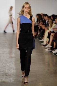 Calvin Klein Collection Resort 2015 Fashion Show